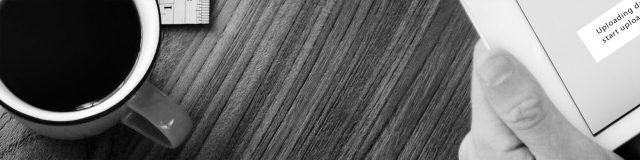eikebord-kaffe-svart-hvitt